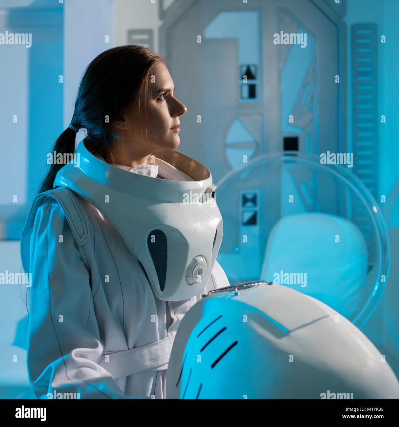 woman astronaut in diaper - HD1300×1390
