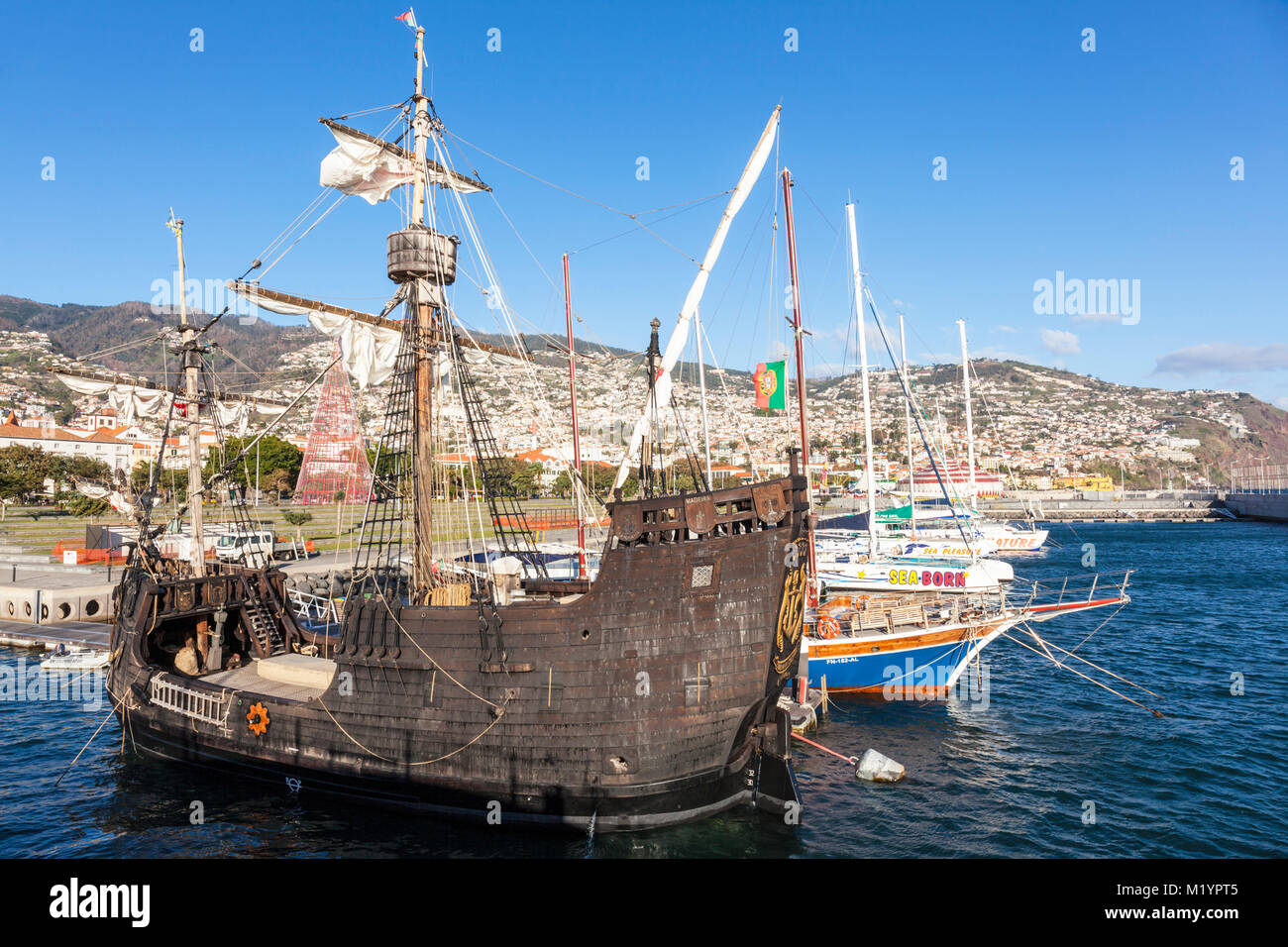 madeira portugal madeira moored Replica Pirate ship for coastal sea trips from Funchal to cabo girao for dolphin - Stock Image