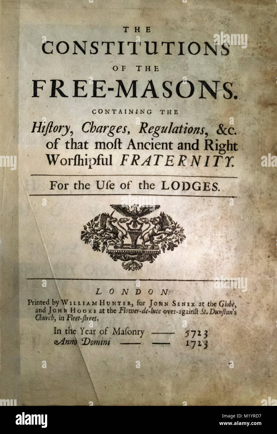 'The Constitutions of the Free-Masons', frontispiece of a 1723 edition of the constitution of the Freemasons. - Stock Image
