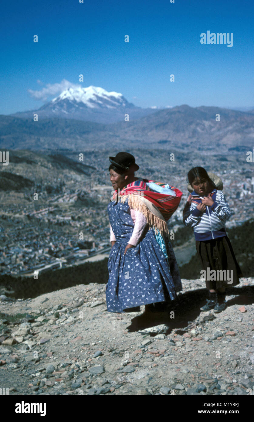 Bolivia Andes Mountains Aymara Indian Woman And Girl With Typcial Stock Photo Alamy