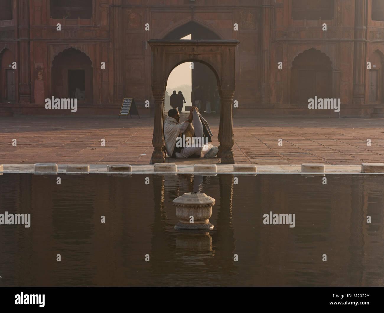 Reflecting pool at Jama Masjid, India's largest mosque, Old Delhi - Stock Image