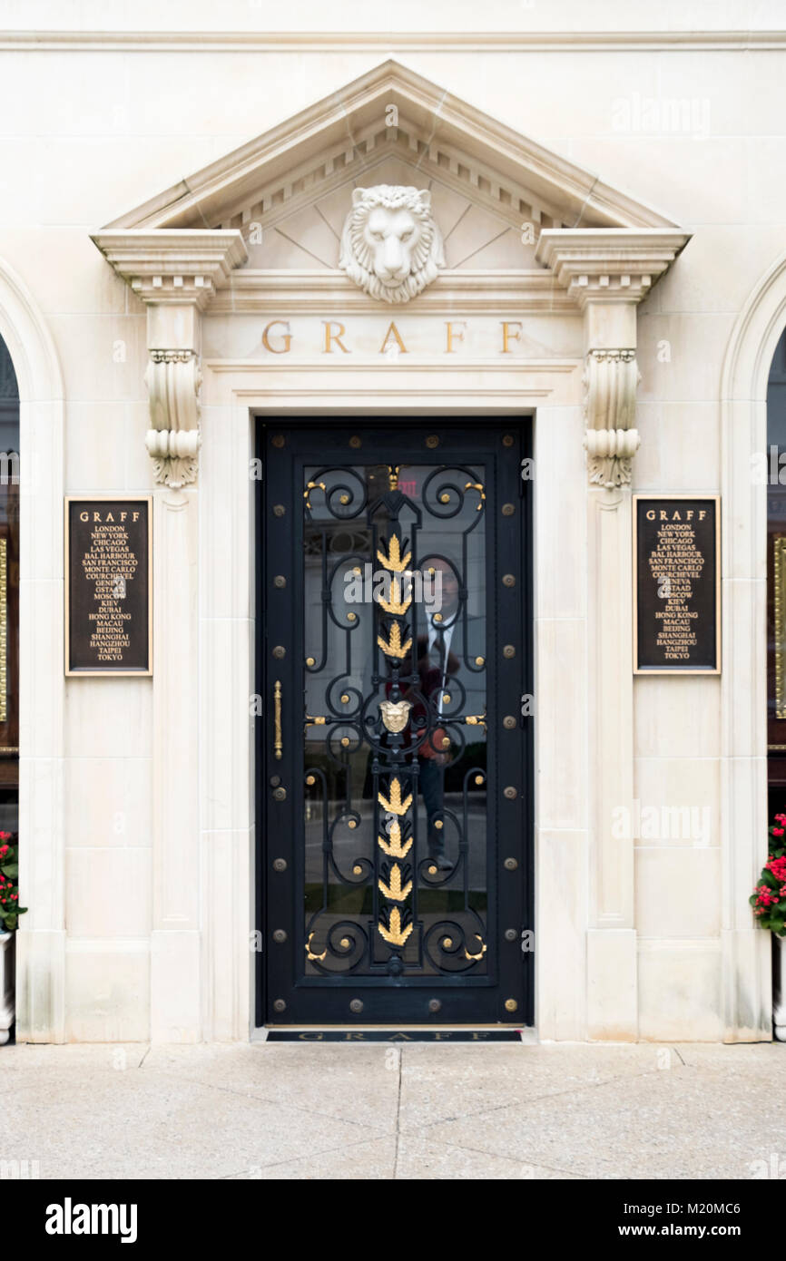 The exterior and entrance to Graff, a high end jewelry store on Worth Avenue in Palm Beach, Florida. A security Stock Photo