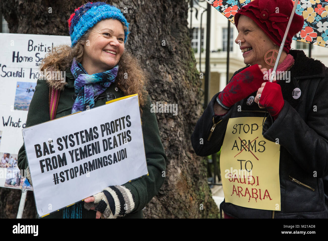 London, UK. 3rd February, 2018. Supporters of London Campaign Against The Arms Trade protest outside the Saudi Arabian - Stock Image