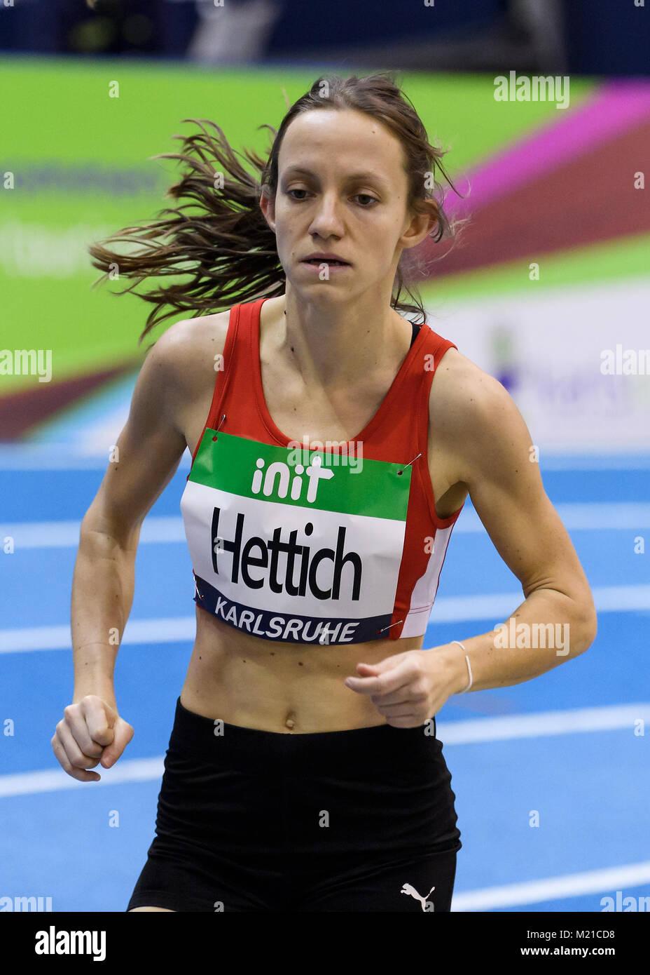 Karlsruhe, Deutschland. 03rd Feb, 2018. 1500m U16 Regional weiblich: Sarah Hettich (LG Region Karlsruhe). GES/ Leichtathletik/ - Stock Image