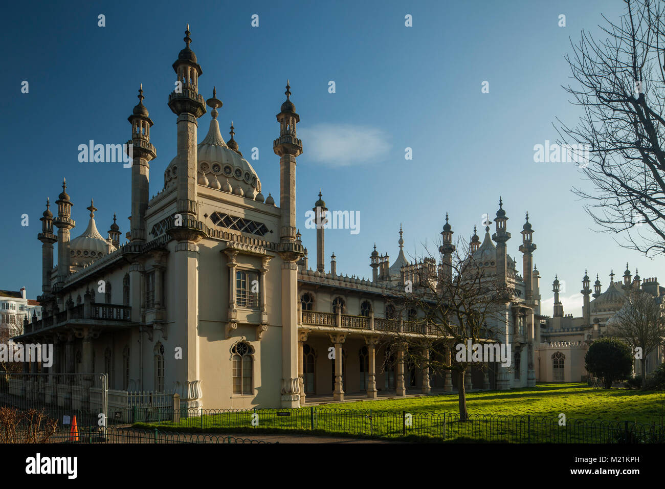 North gate at Royal Pavilion in Brighton, East Sussex, England. - Stock Image