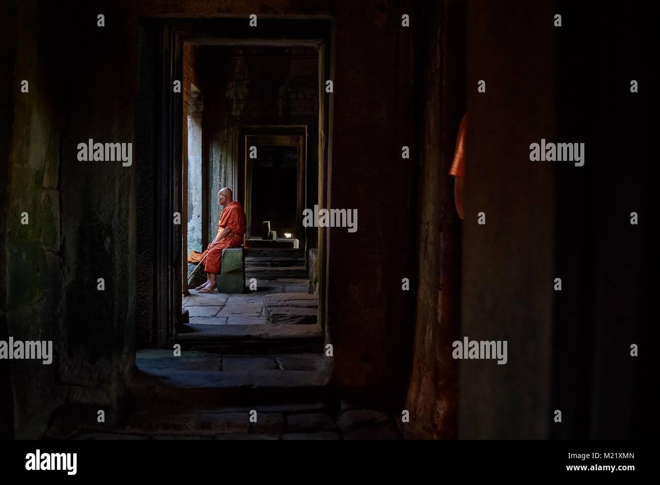 Old buddhist monk, Bayon Temple, Angkor, Cambodia - Stock Image