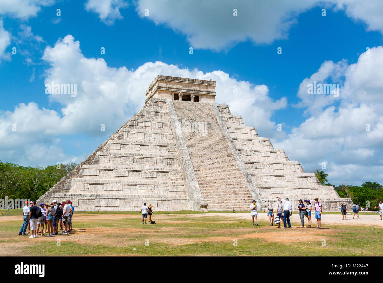 Kukulkan Temple Pyramid, Chichen Itza, Yucatan, Mexic Stock Photo
