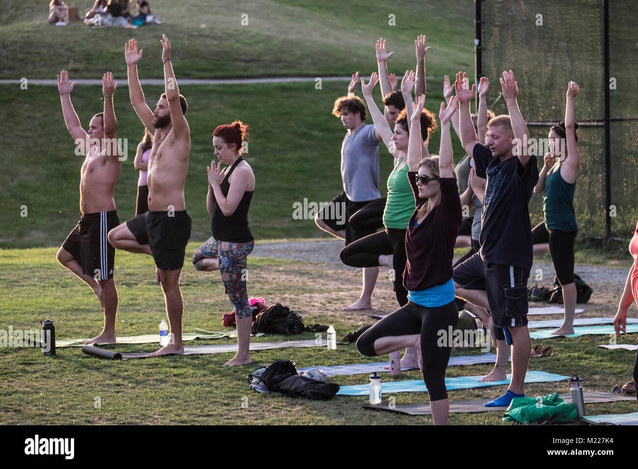 United States Washington Seattle Gasworks Park Yoga Class Stock Photo 173382920 Alamy