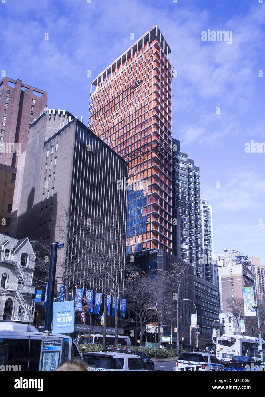 In spite of the density, new buildings are constantly popping up in Manhattan, New York City. (Broadway, Upper West - Stock Image