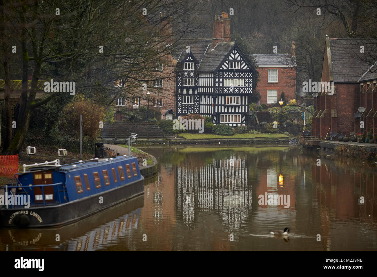 Worsely, manchester in Salford, The Packet House grade 2 listed building, and the Boat Steps directly in front of - Stock Image