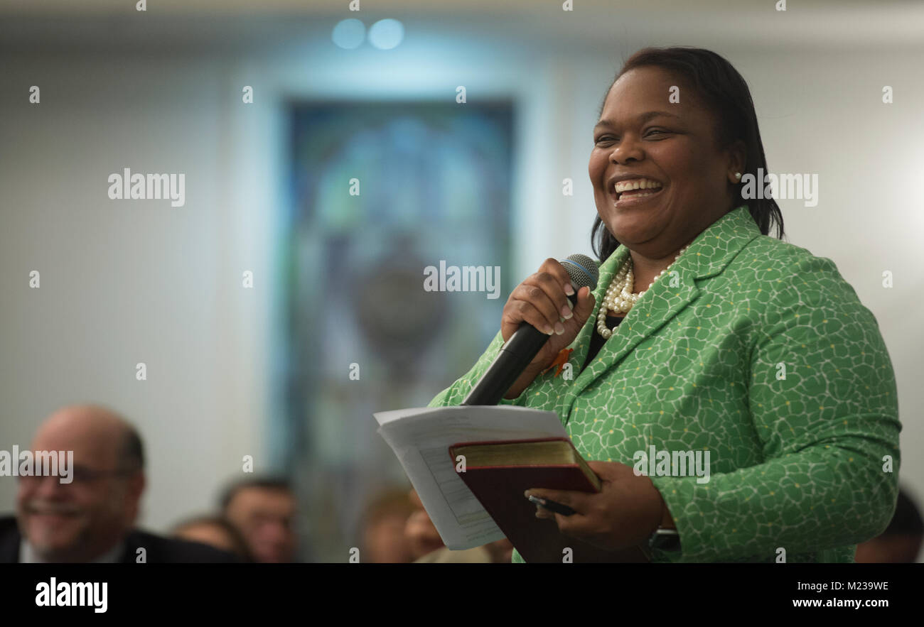 UNITED STATES: 01-22-2018: Pastor Michelle Thomas addresses the Loudoun County NAACP members of the NAACP before - Stock Image