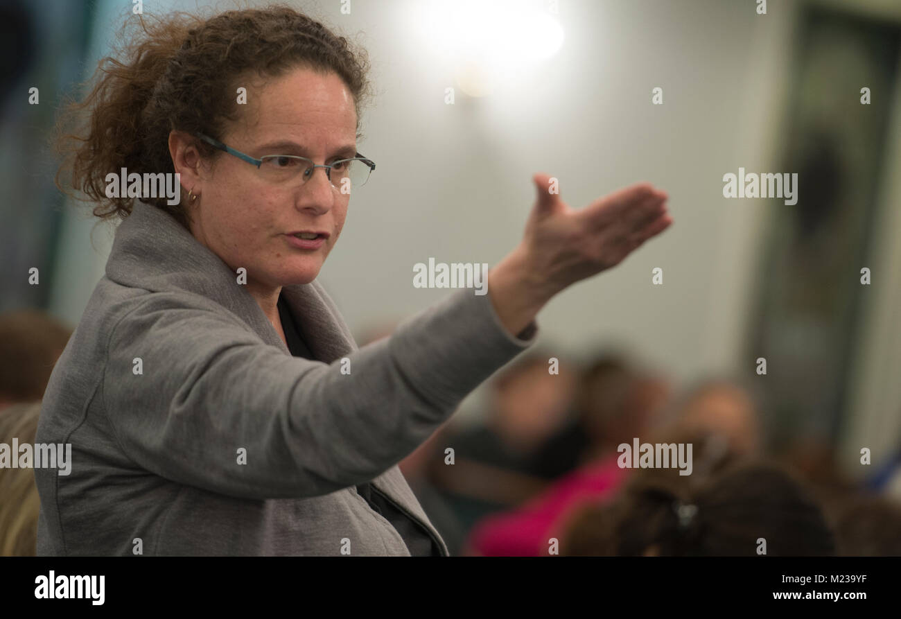 UNITED STATES: 01-22-2018: Ayala Sherbow of Lovettsville addresses the panel of law enforcement officials forcefully - Stock Image