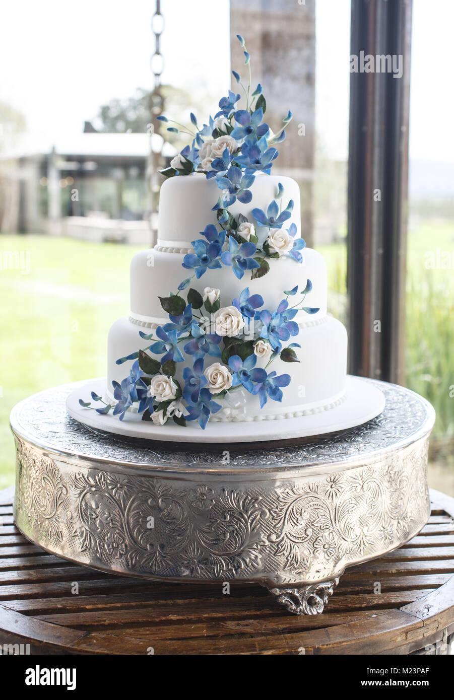 Wedding cake at an Australian wedding - Stock Image