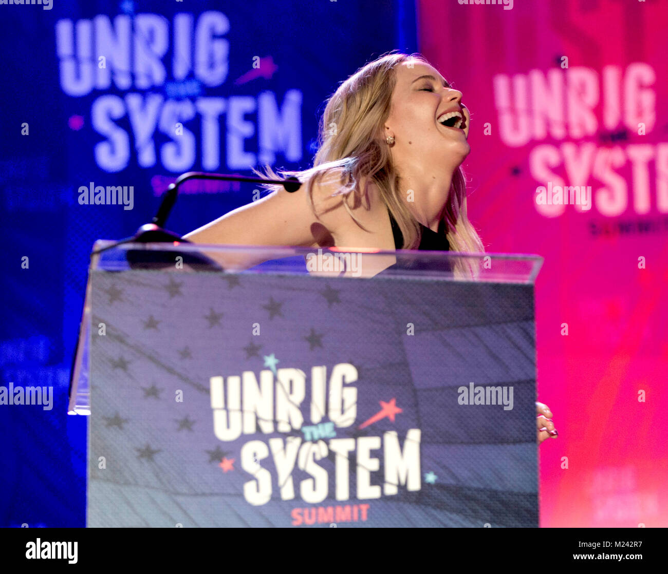 New Orleans, Louisiana, USA. 04th Feb, 2018. JENNIFER LAWRENCE emcees Unrigged Live! at the Unrig the System Summit - Stock Image