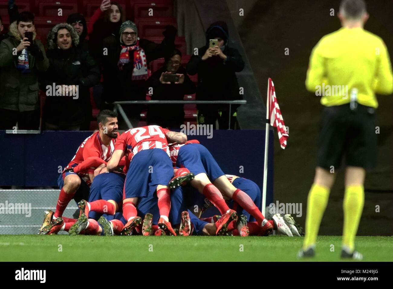 Madrid, Spain. 4th Feb, 2018. Atletico Madrid's players celebrate during a Spanish league match between Atletico - Stock Image