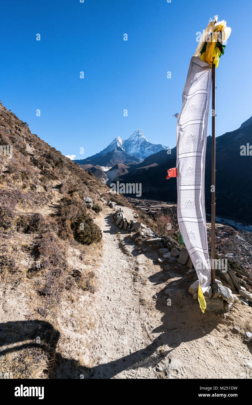 Acclimatisation trek above Dingboche, Nepal - Stock Image