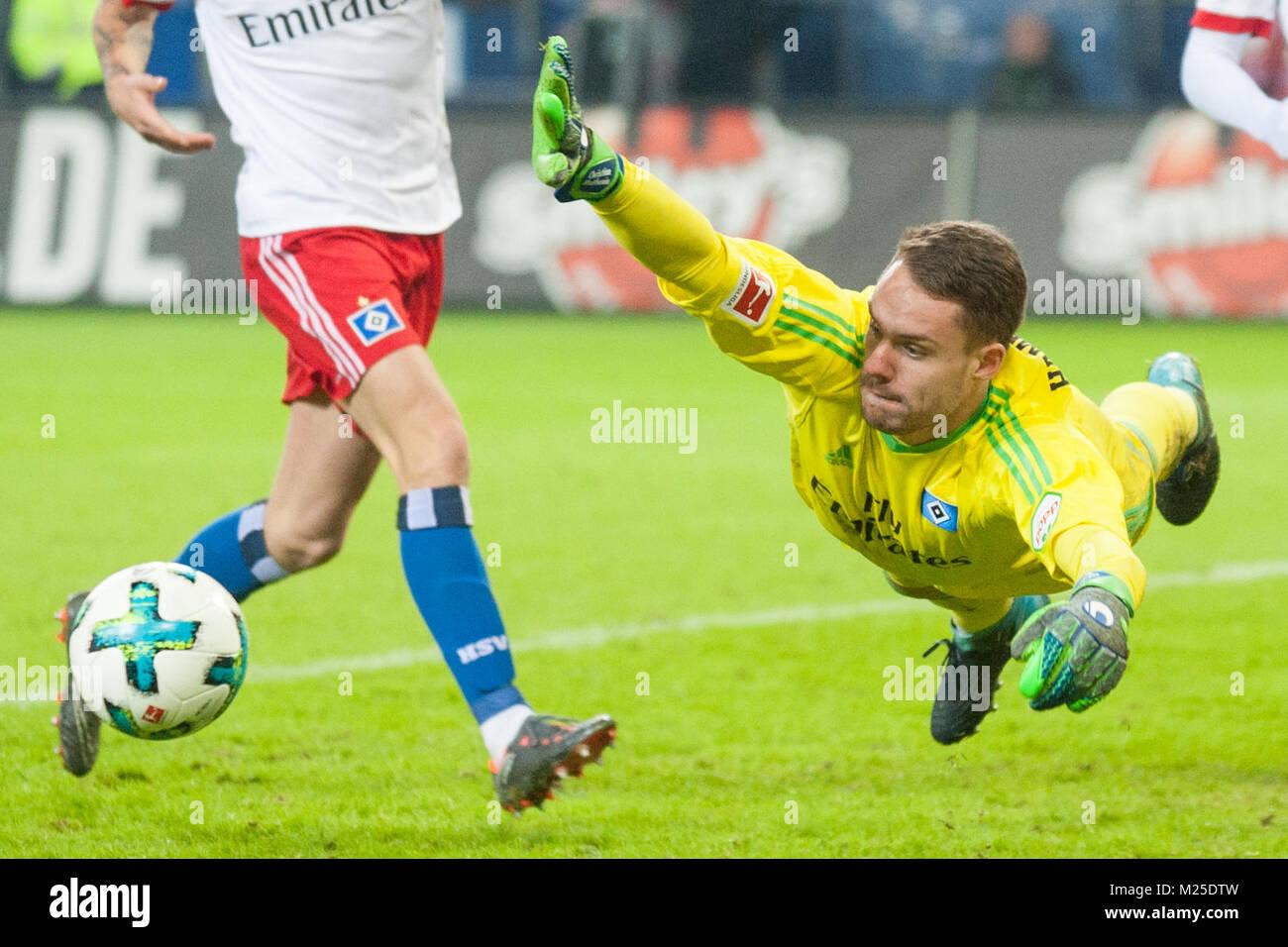 goalwart Christian MATHENIA (HH) springt zum ball, Aktion, Kampf um den Ball, Fussball 1. Bundesliga, 21. matchday, - Stock Image
