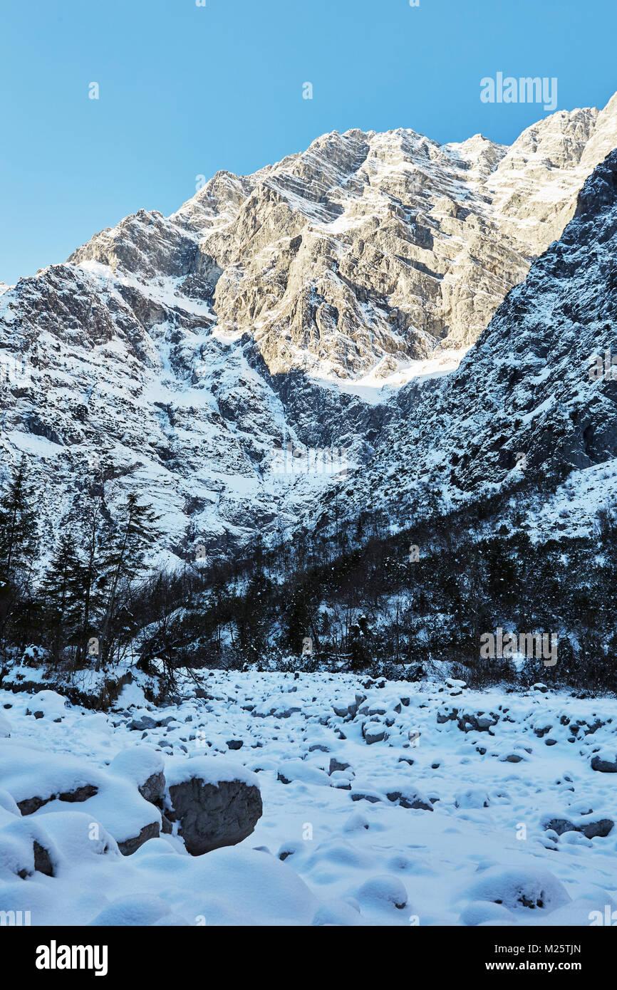 Watzmann hike in winter, Berchtesgaden Alps - Stock Image