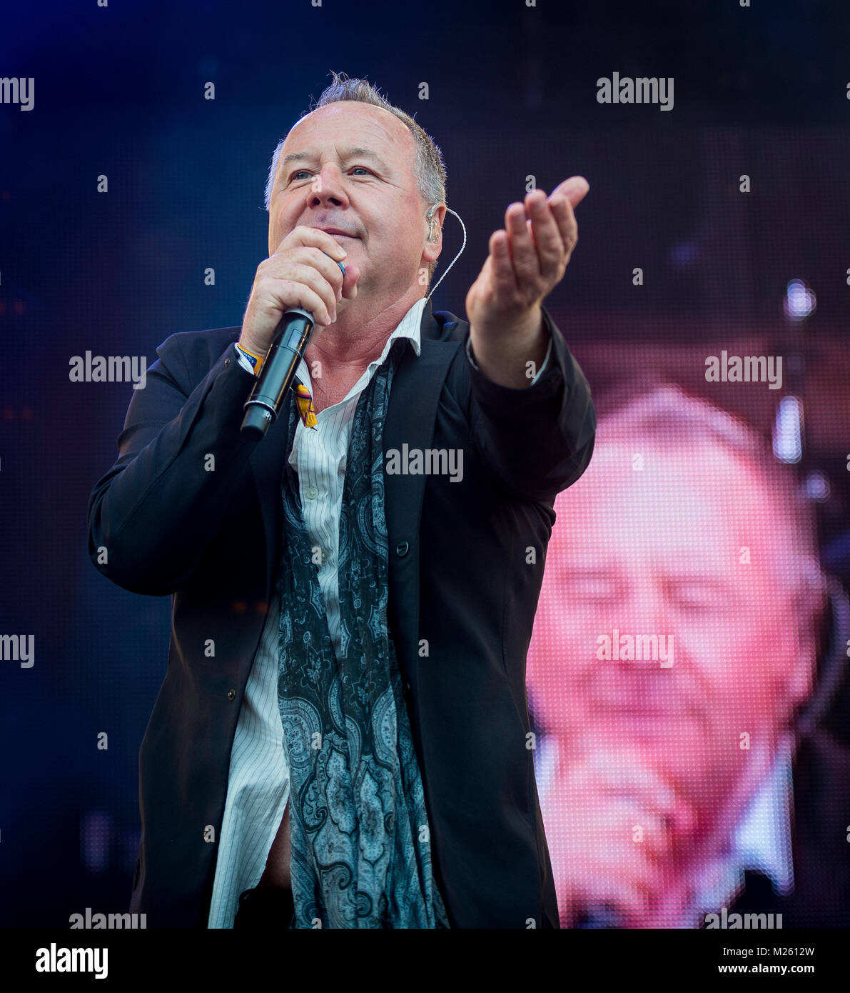 Jim Kerr (Simple  Glittering Surprise on stage with Trevor Horn Band at the Rewind Festival, Scone Palace, Perth, - Stock Image