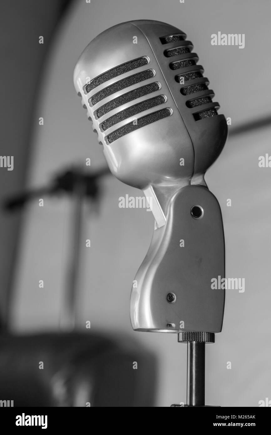 Studio retro microphone. - Stock Image