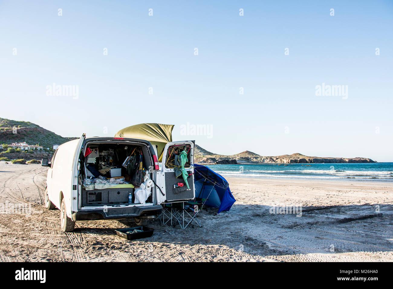 Beach camping in Punta Chivato, north of Mulege, Baja California, Mexico. Stock Photo