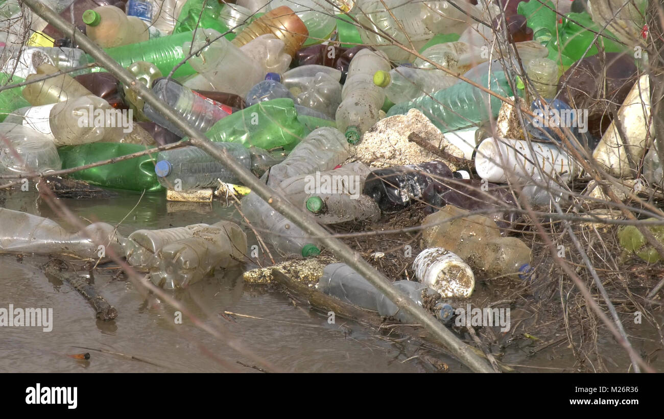 A large amount of trash polluting our waters,image of a - Stock Image