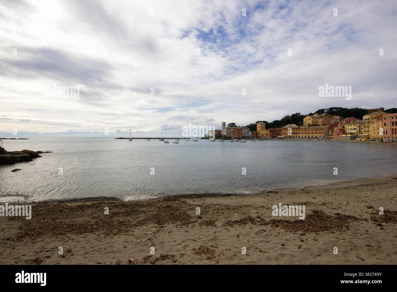"a beautiful view of the ""Bay of Silence"", La Baia del silenzio, Sestri Levante, Genoa, Italy during the winter season Stock Photo"