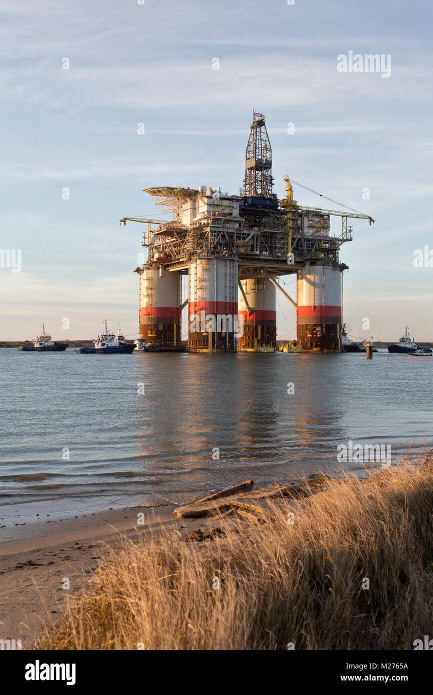'Big Foot'  Chevron's Deep Ocean Platform departs from Kiewit from Ingleside,  Texas, oil & natural gas drill rig. Stock Photo