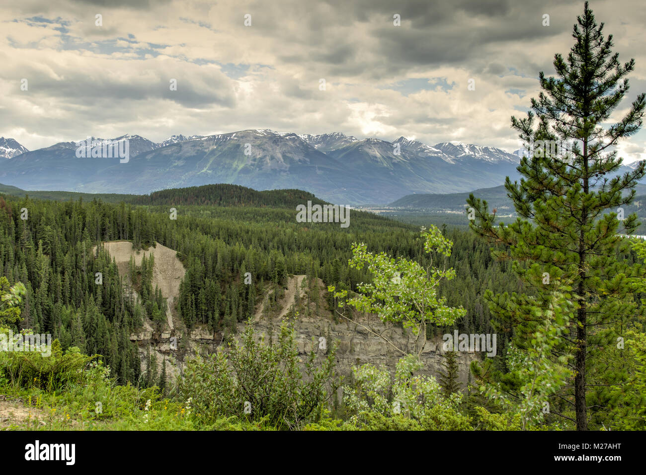 Overlook Maligne Canyon Stock Photo