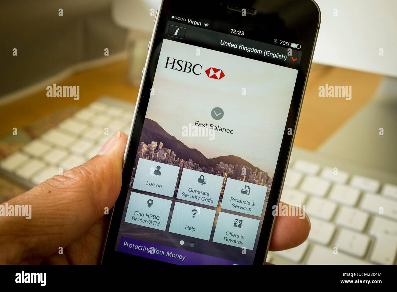 Hsbc App Stock Photos & Hsbc App Stock Images - Alamy