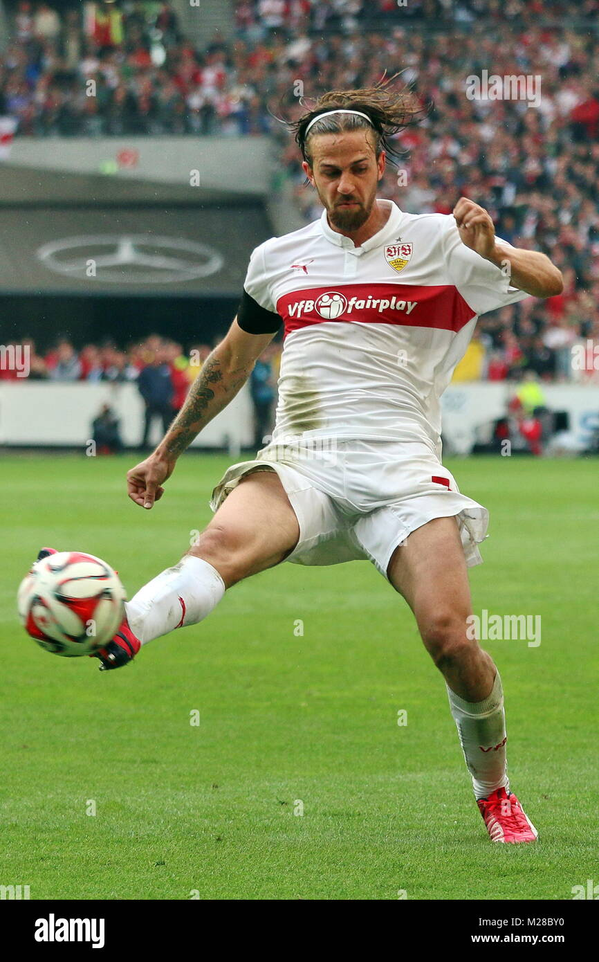 Martin Harnik (Stuttgart) am Ball - Fußball-Bundesliga 14/15: 30. Spieltag, SC Freiburg vs VfB Stuttgart - Stock Image