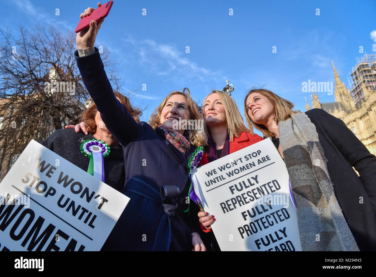 London, UK.  6 February 2018.   Female members of the Shadow Cabinet and Labour politicians outside the Houses of - Stock Image