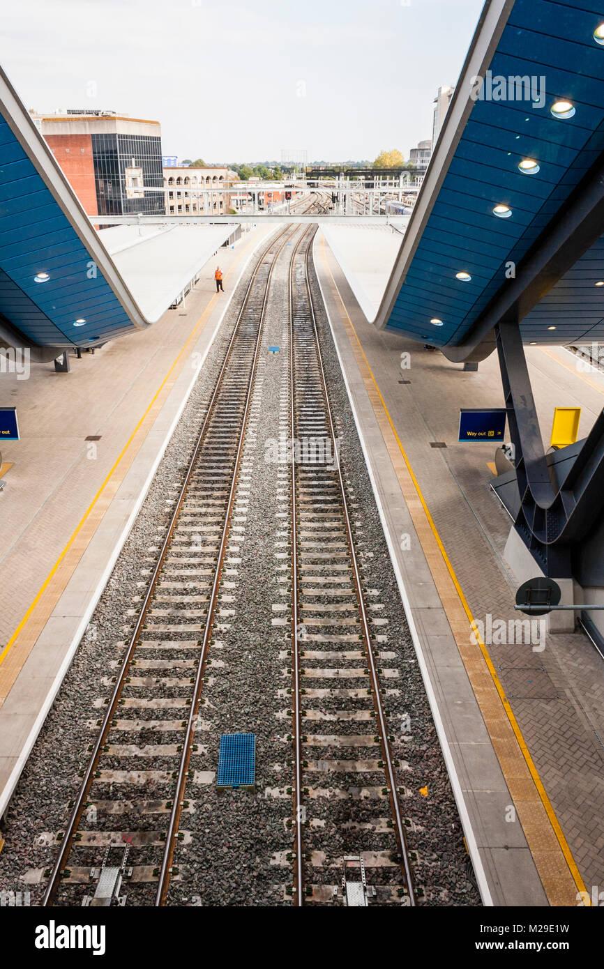 Empty train tracks at newly developed Reading railway station, Reading, Berkshire, England, GB, UK Stock Photo