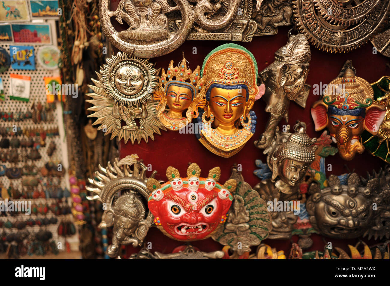 Hindu deities and souveniers for sale in Paharganj, India - Stock Image