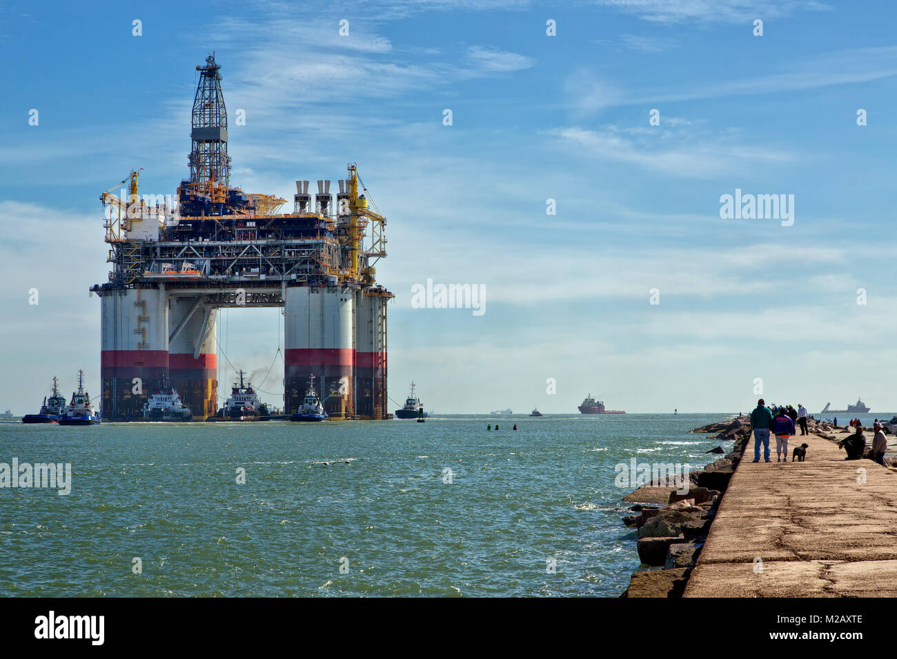 'Big Foot'  Chevron's Kiewit Industries Offshore Deep Ocean Platform, departing Port Aransas. - Stock Image