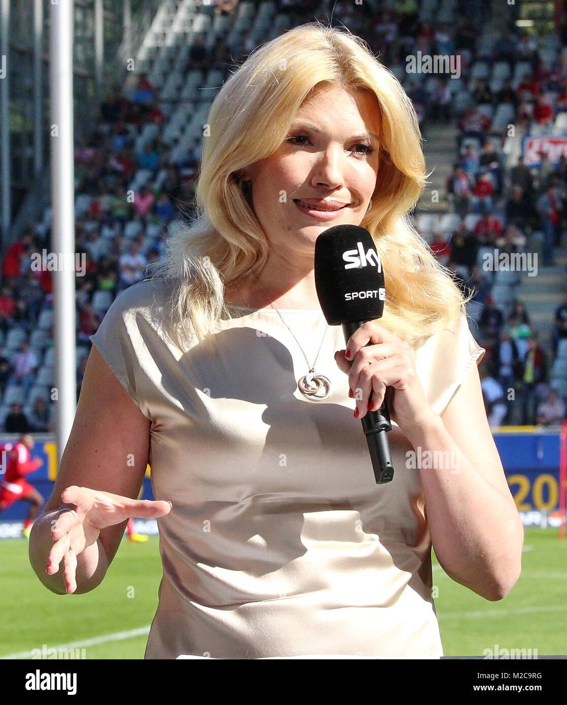 Jessica Kastrop Moderatorin Von Sky 1 Fussball
