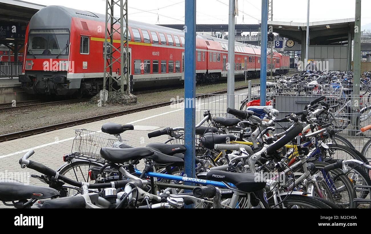 Busse und Bahnen im Regioverkehrsverbund (RVF) Freiburg Stock Photo