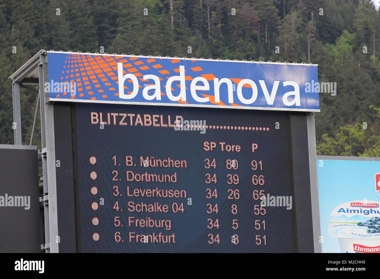 Fussball Bundesliga 34 Spieltag Sc Freiburg Vs Fc Schalke