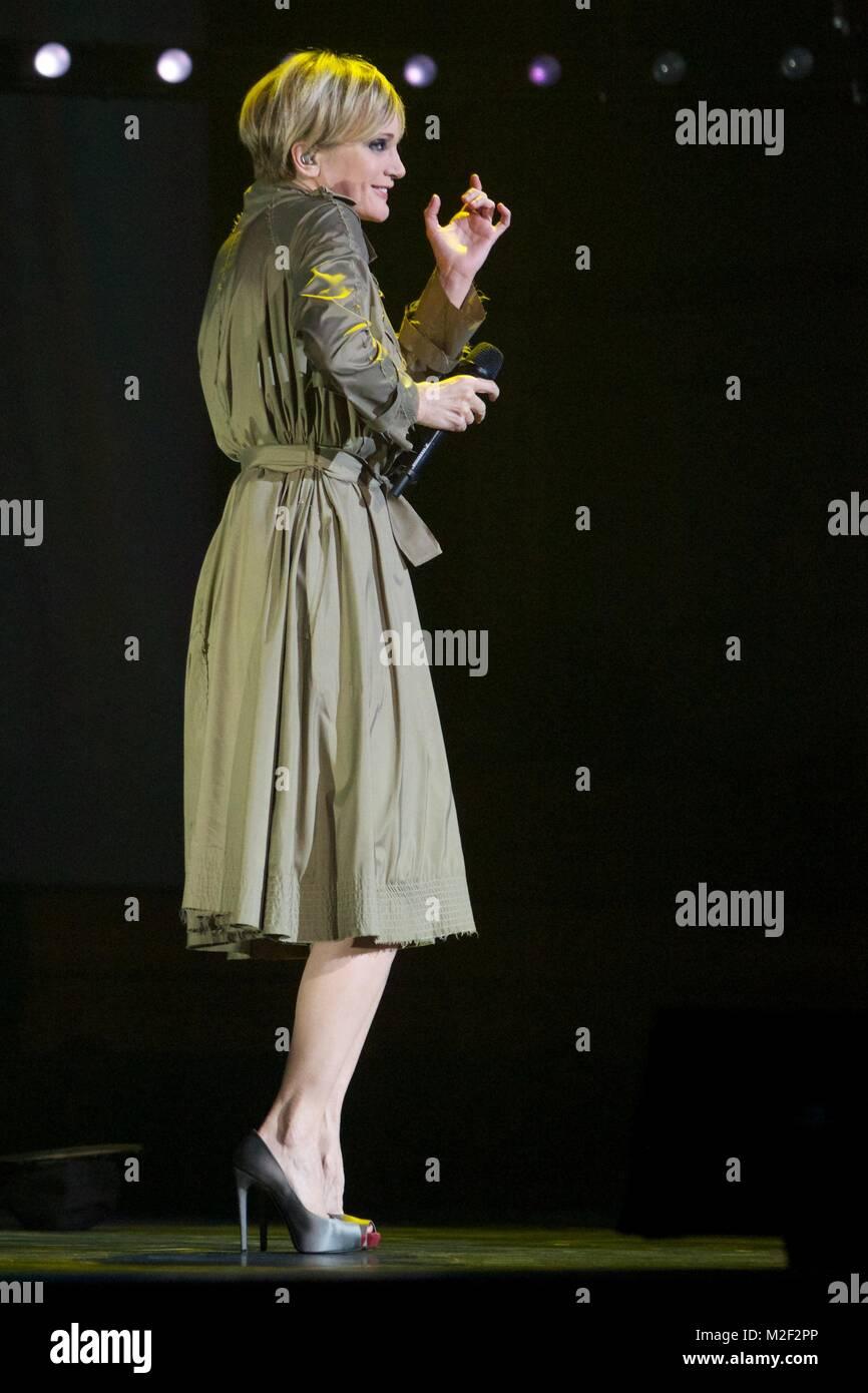 Die französische Sängerin PATRIZIA KAAS präsentiert am 08.04.2013 in der Laeiszhalle mit ihrer Show - Stock Image
