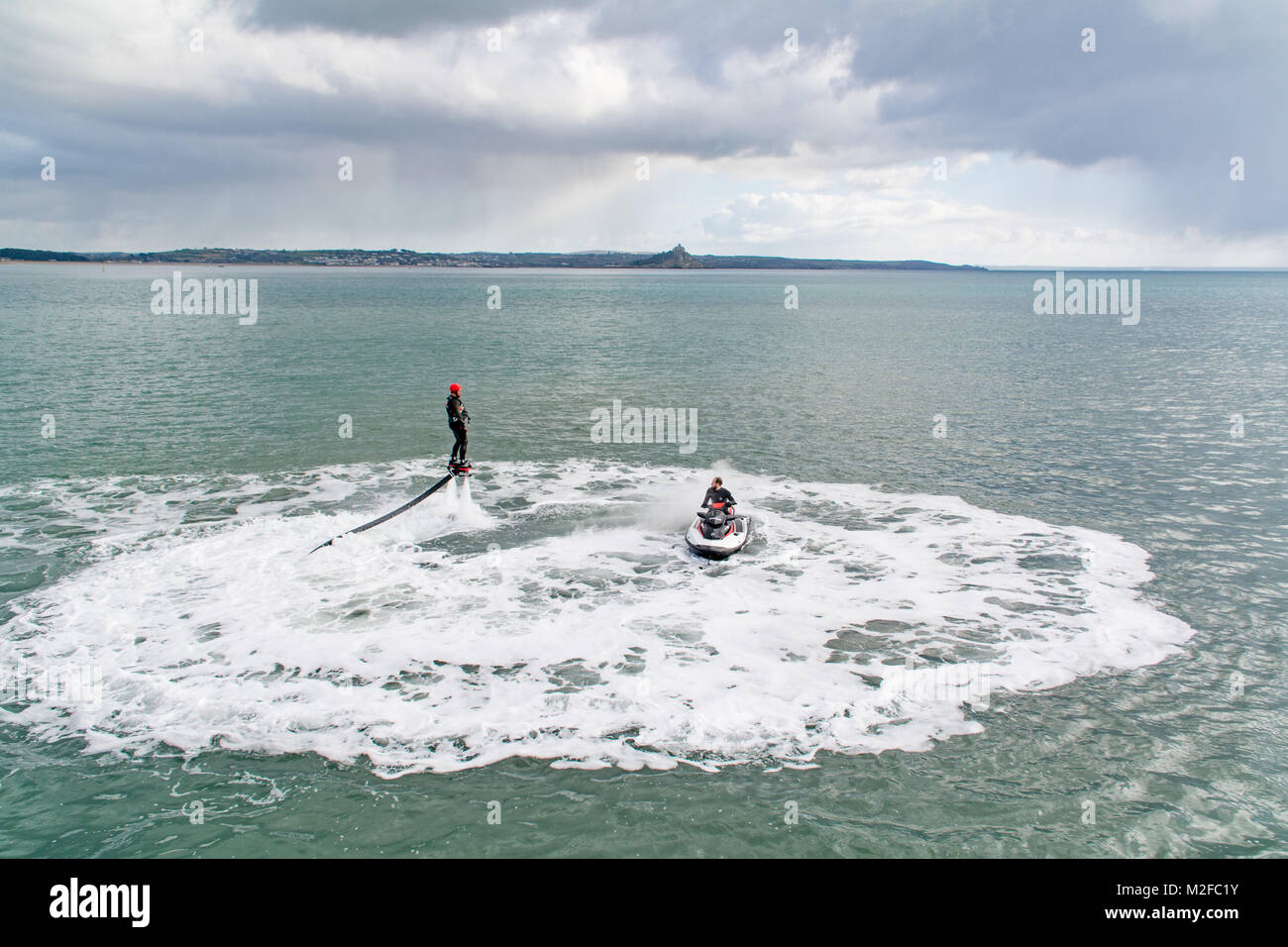 Penzance, Cornwall, UK. 7th Feb 2018.  UK Weather. Whilst most of the county shivered in freezing conditions and - Stock Image
