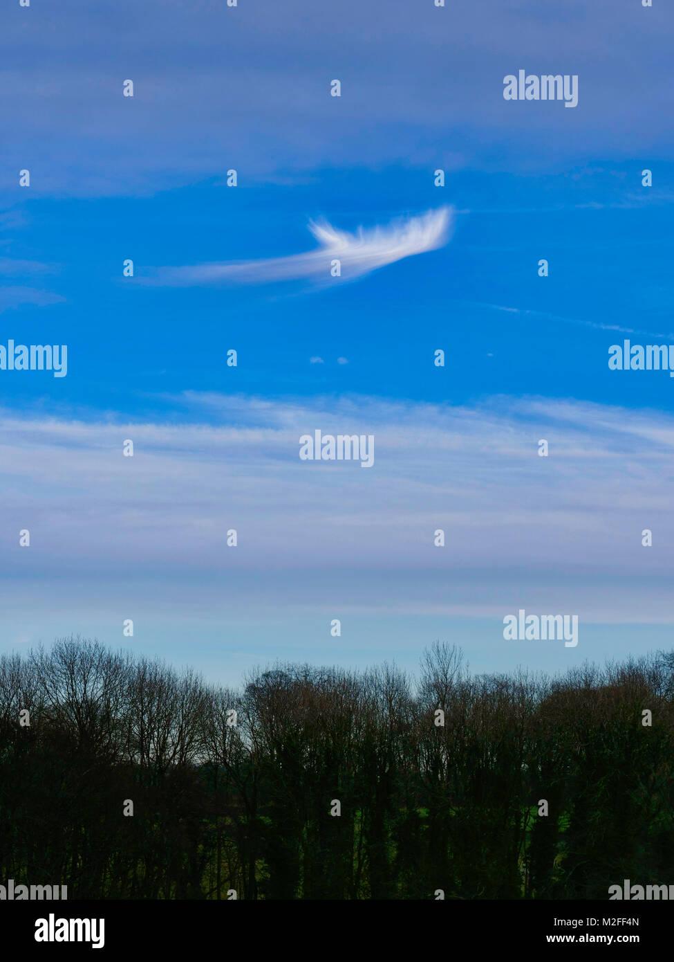 Tissington Village, Derbyshire. 7th Feb, 2018. UK Weather: Unusual strange bizarre looking whispery cloud formation Stock Photo