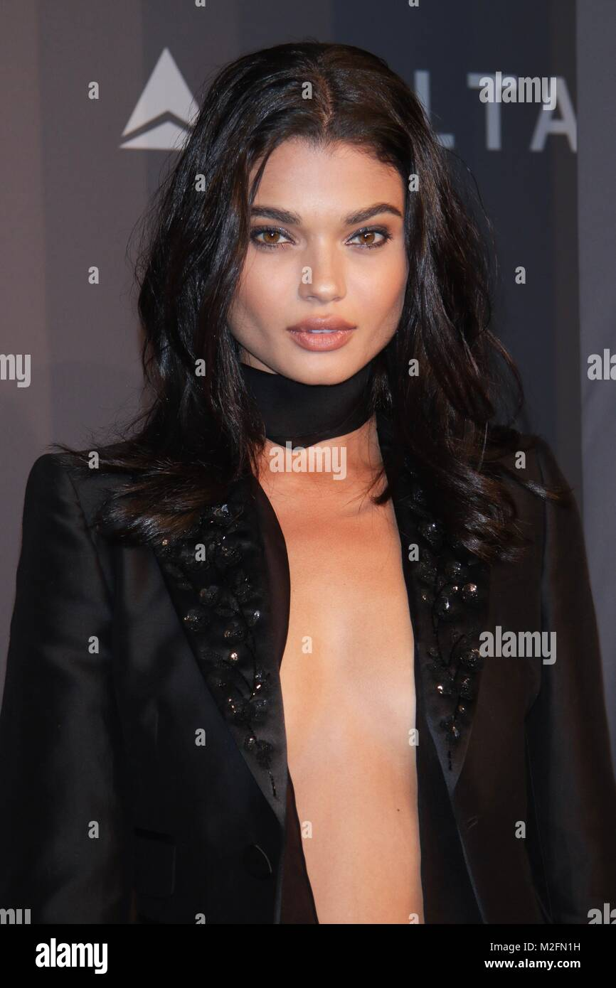 Daniela Braga Nude Photos 22