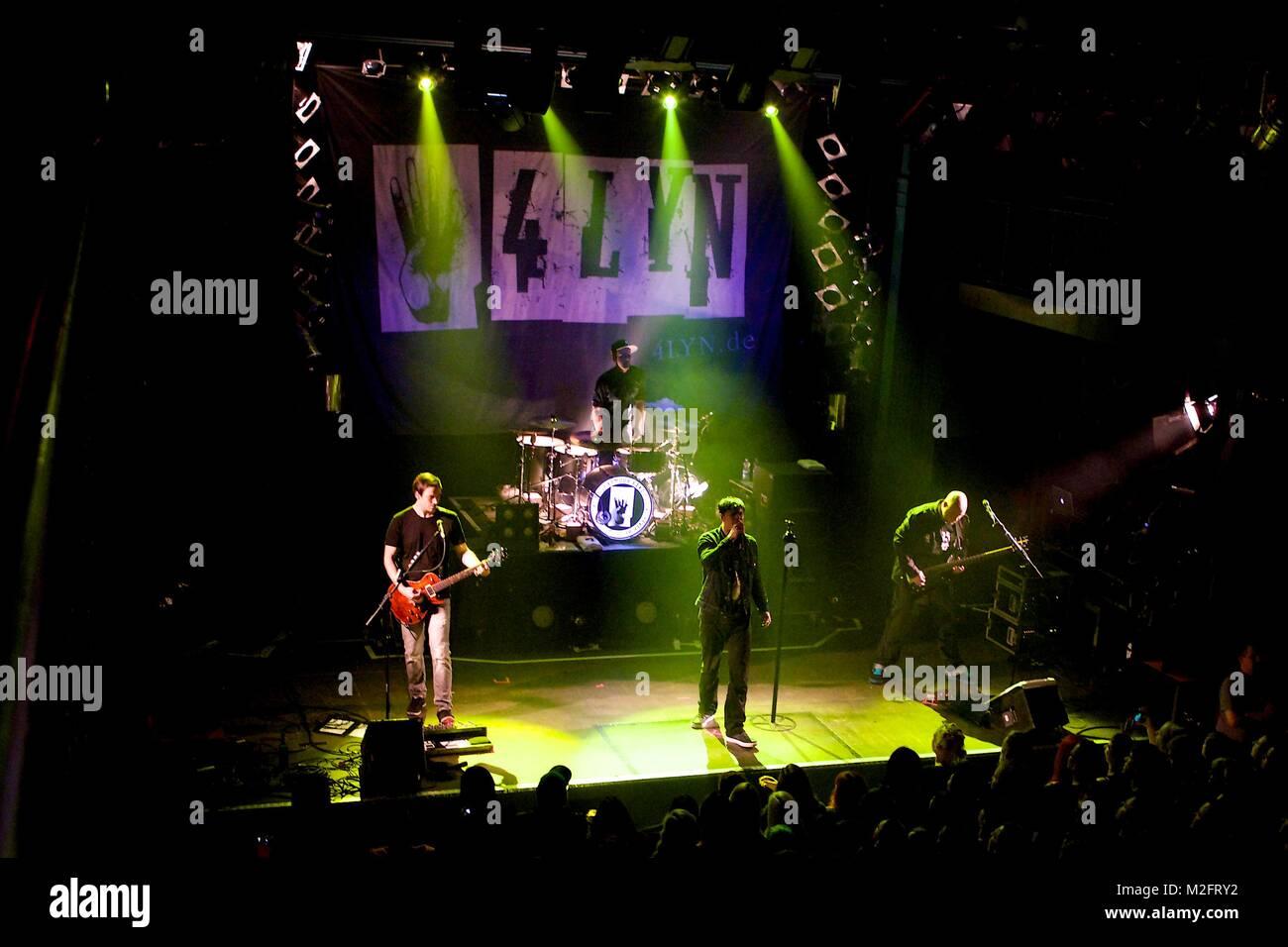 4LYN ist eine Hamburger Crossover-Band mit Ron Cazzato (voc), Dennis Krüger (git), Björn Düßler - Stock Image