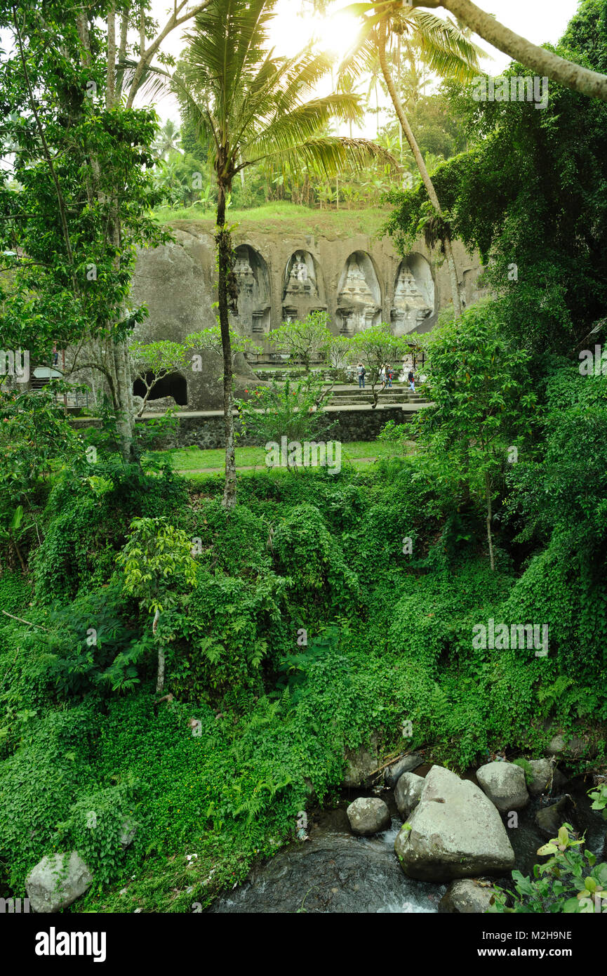 Jungle growth covering river running past Pura Gunung Kawi temple, Bali, Indonesia Stock Photo