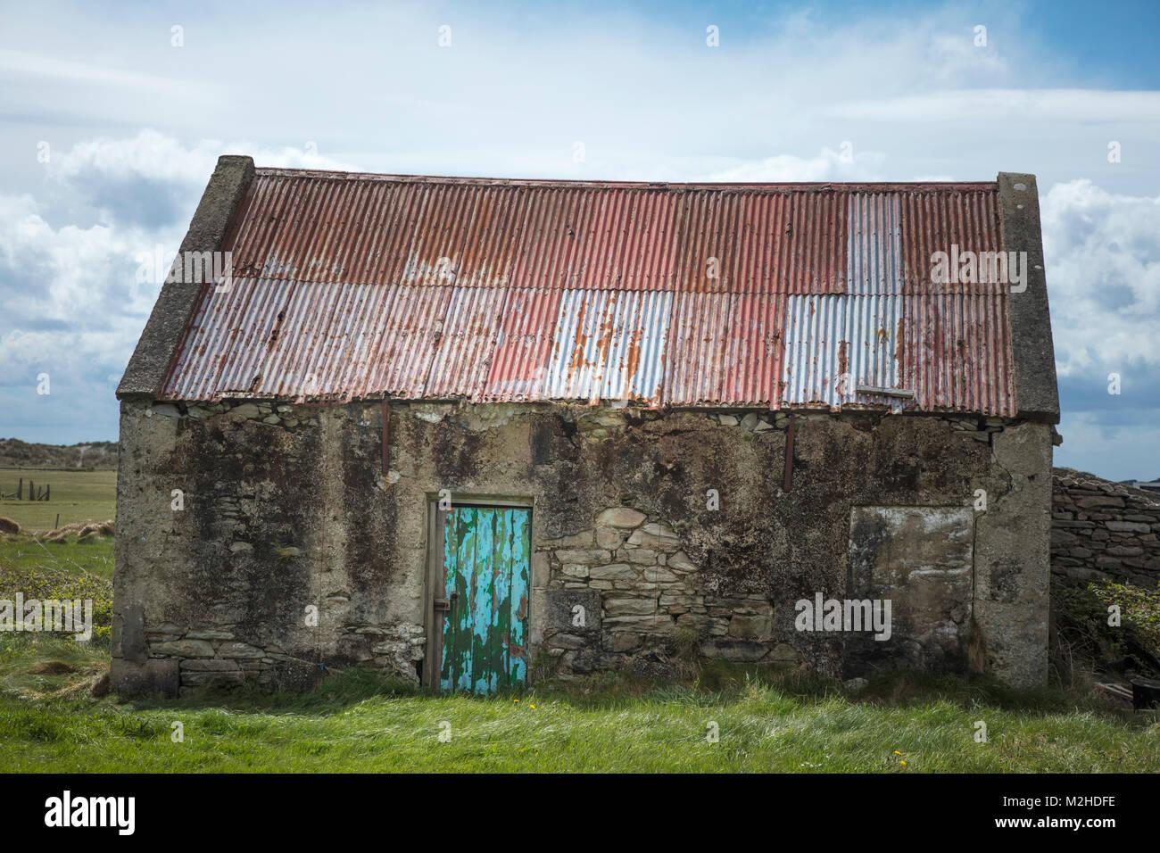 Old stone farm building, Achill Island, County Mayo, Ireland. - Stock Image