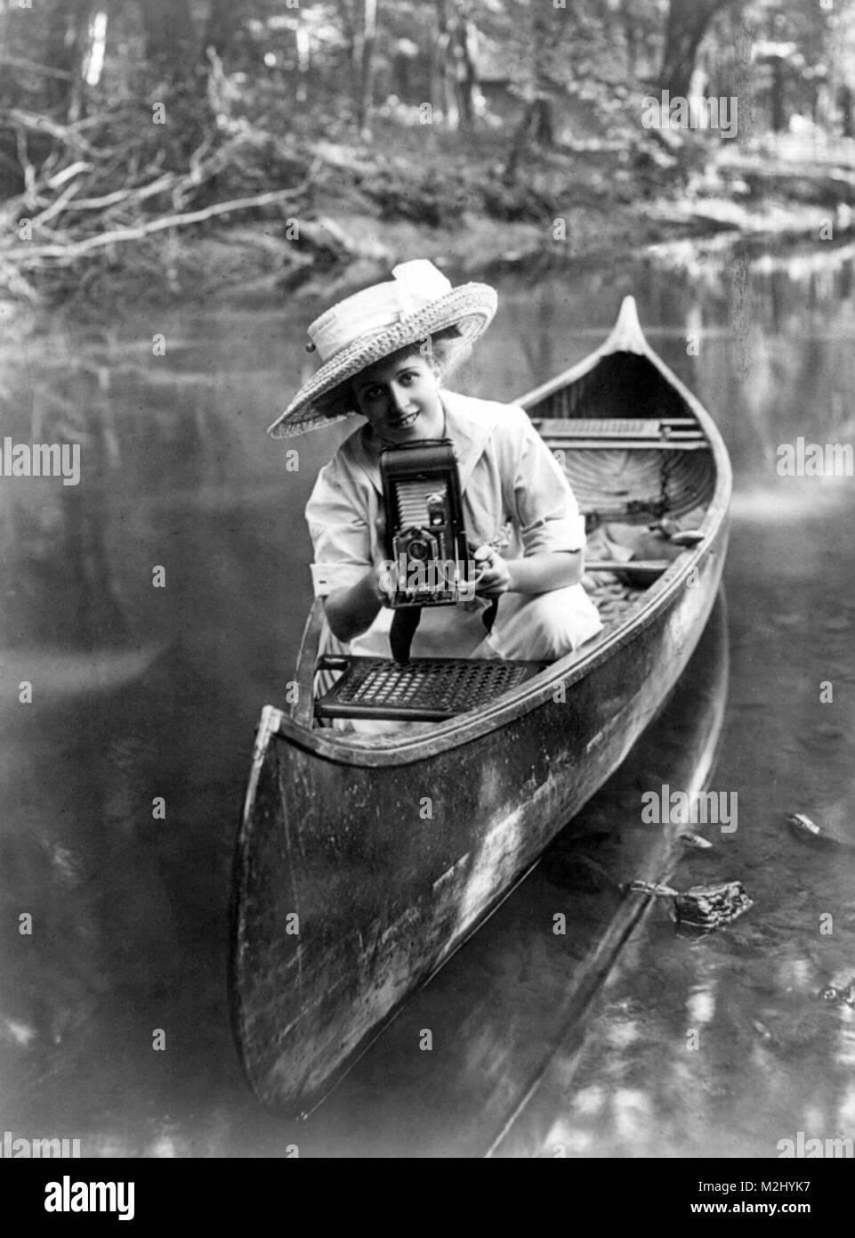 Amateur Photographer, 1909 - Stock Image