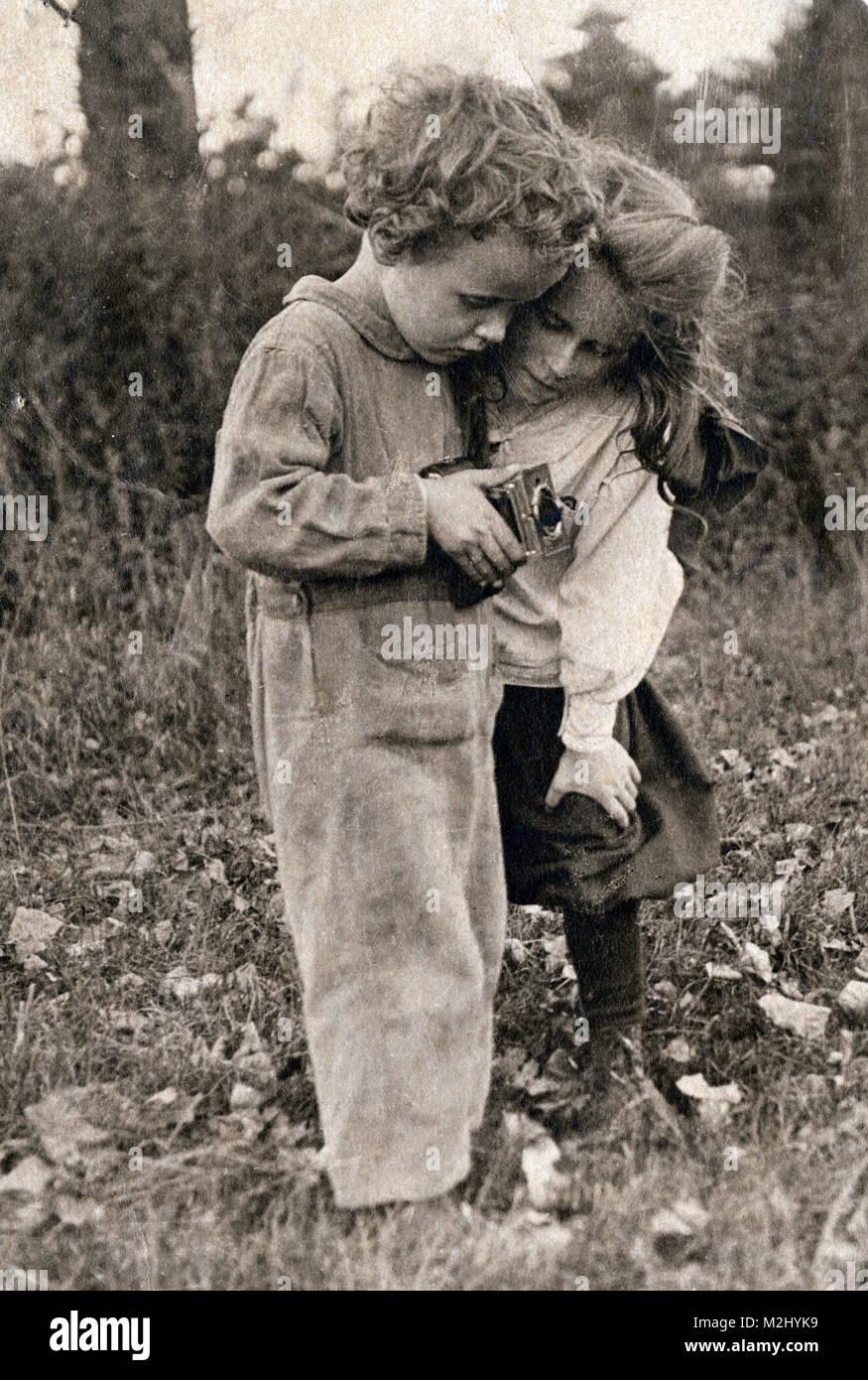 Amateur Photographers, 1910s - Stock Image