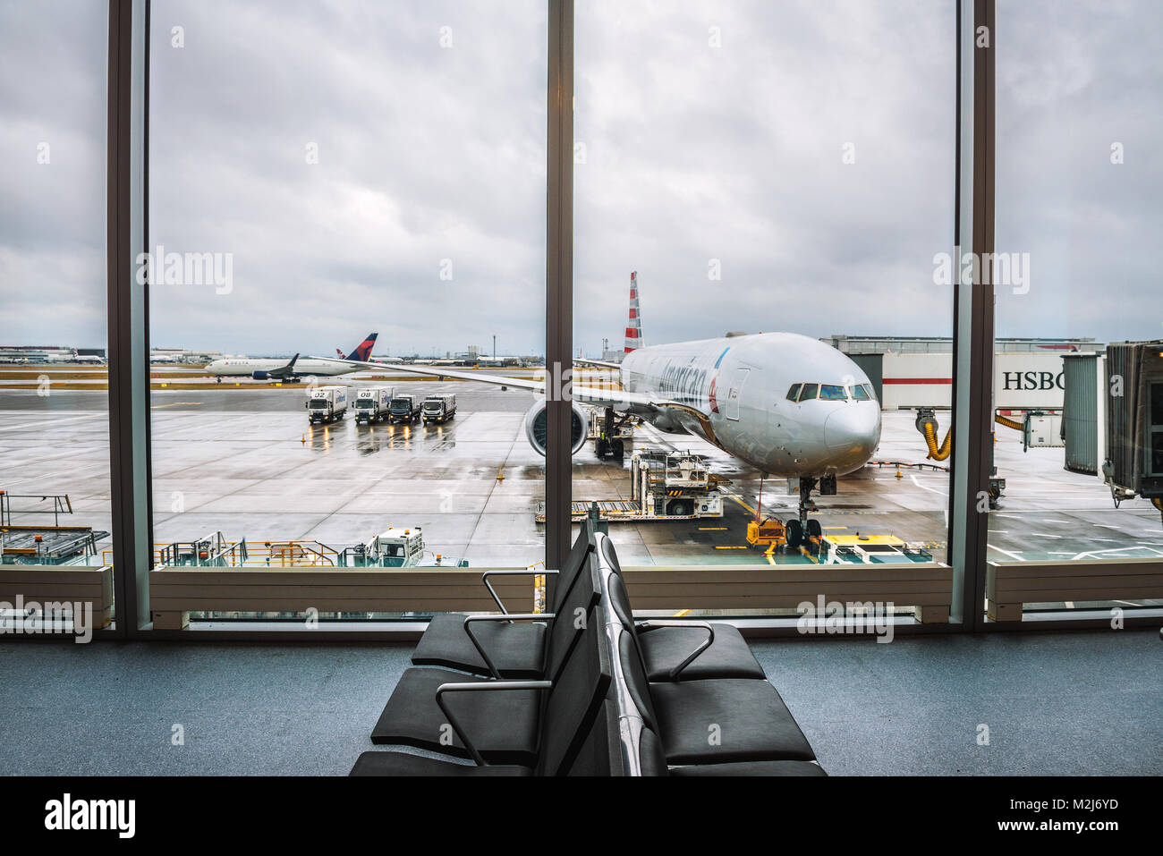 Airplane of American Airlines serviced at the London Heathrow airport - Stock Image