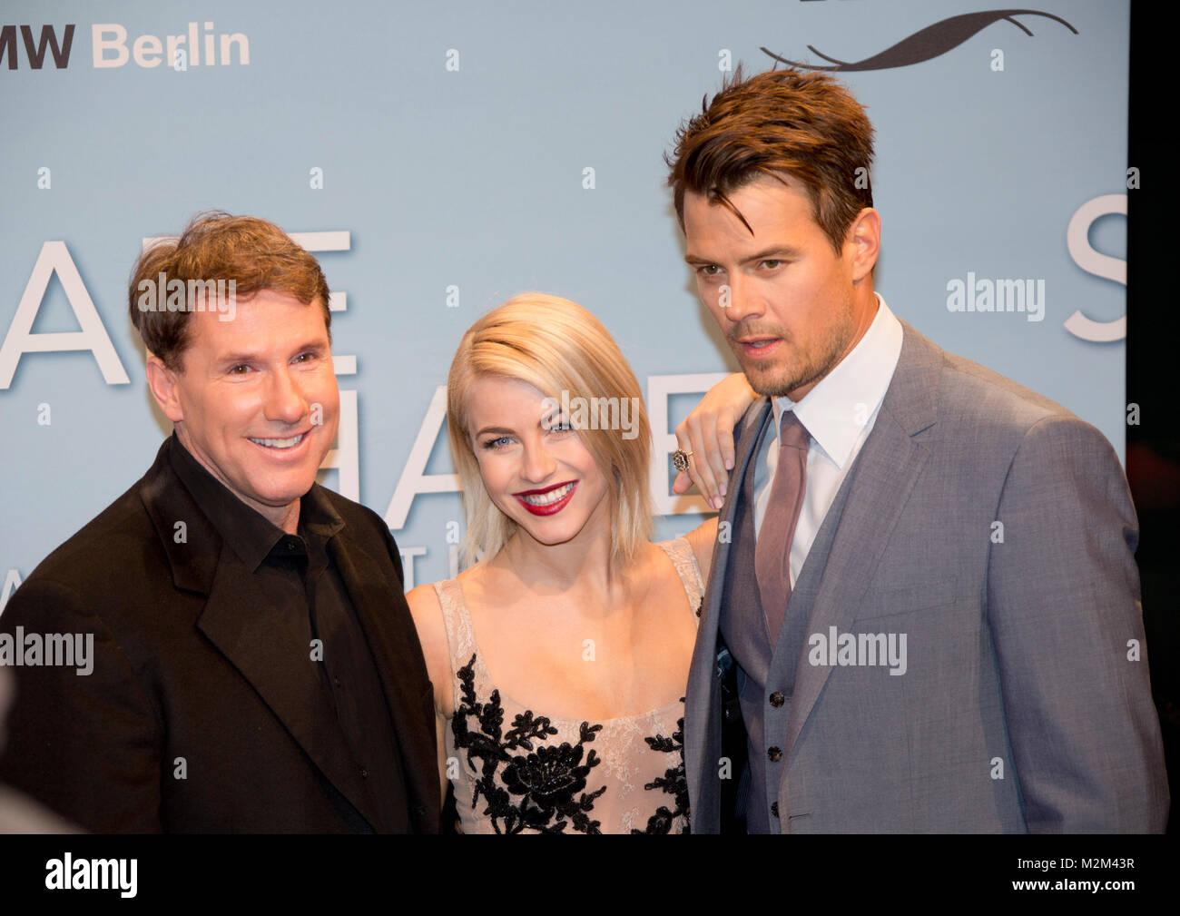 Romanautor und Produzent Nicholas Sparks und die Hauptdarsteller Julianne Hough sowie Josh Duhamel auf dem Roten Stock Photo