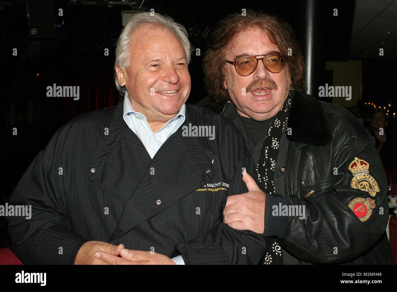 Eckart Witzigmann und Bernhard Paul bei der Premiere von Witzigmann & Roncalli  BAJAZZO  auf der MS RheinEnergie in Koeln am 19.10.2006 Stock Photo